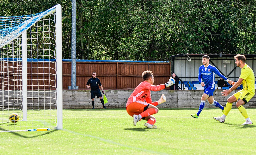 Ryan Campbell scores our early goal